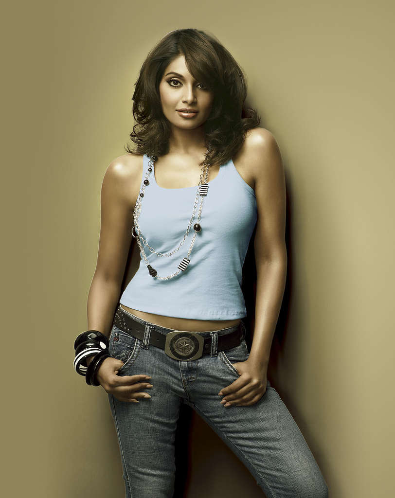 Scooter Girl Bipasha Basu