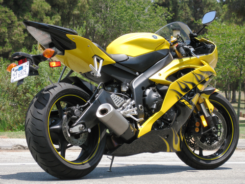 Bikes4sale.in Yamaha R Photo and