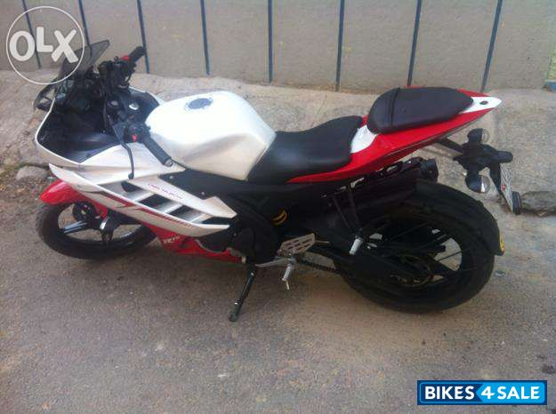 Used 2013 model Yamaha YZF R15 V2 for sale in Kottayam  ID