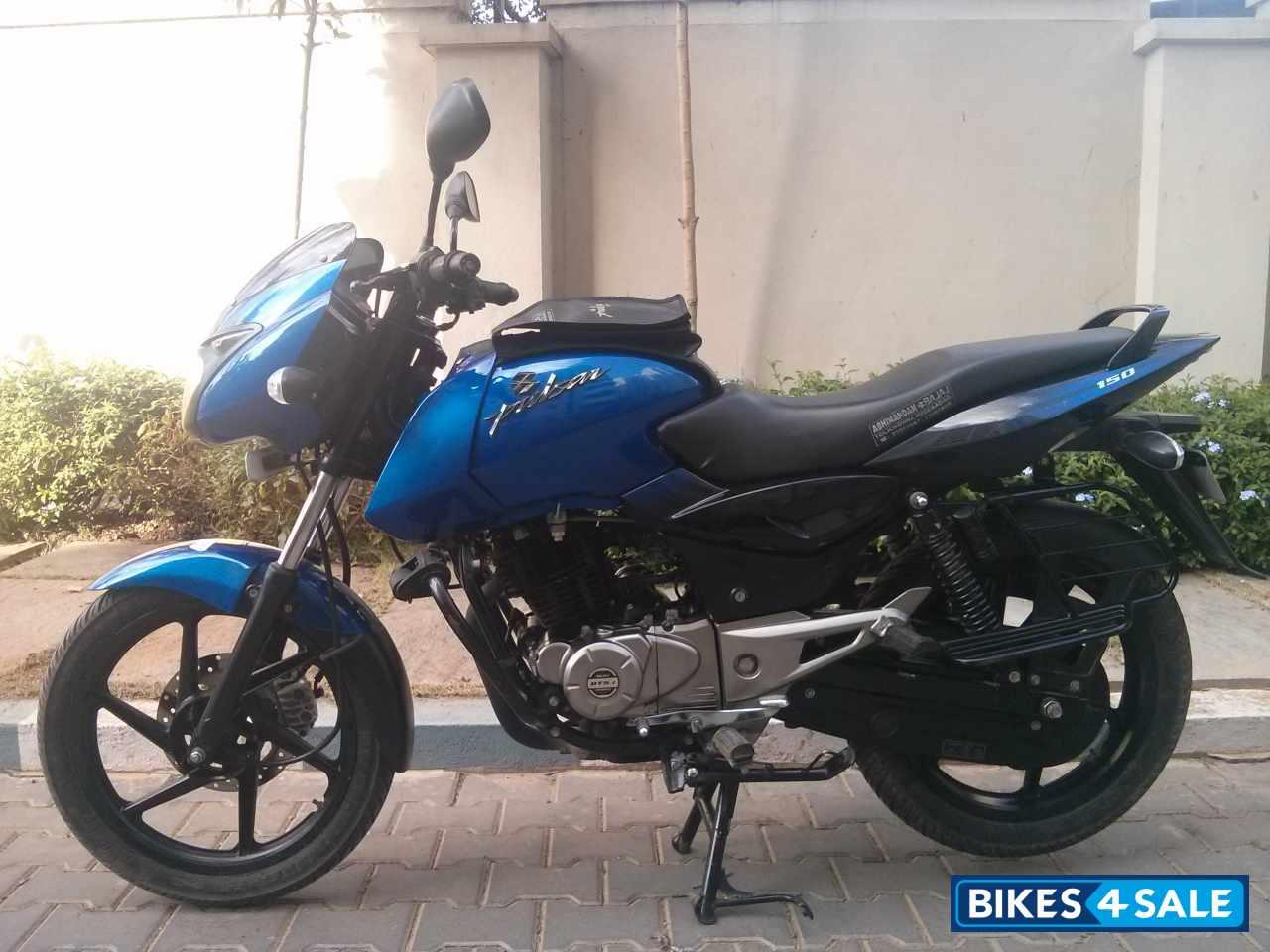 Black & Blue Bajaj Pulsar 150 DTSi Picture 1. Bike ID ...