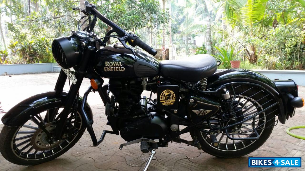 Black Royal Enfield Classic 350 For Sale In Kozhikode