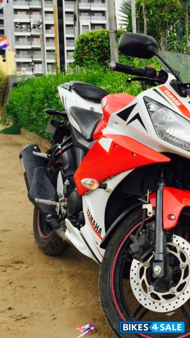 R15 V2 Red And White Red White Black...