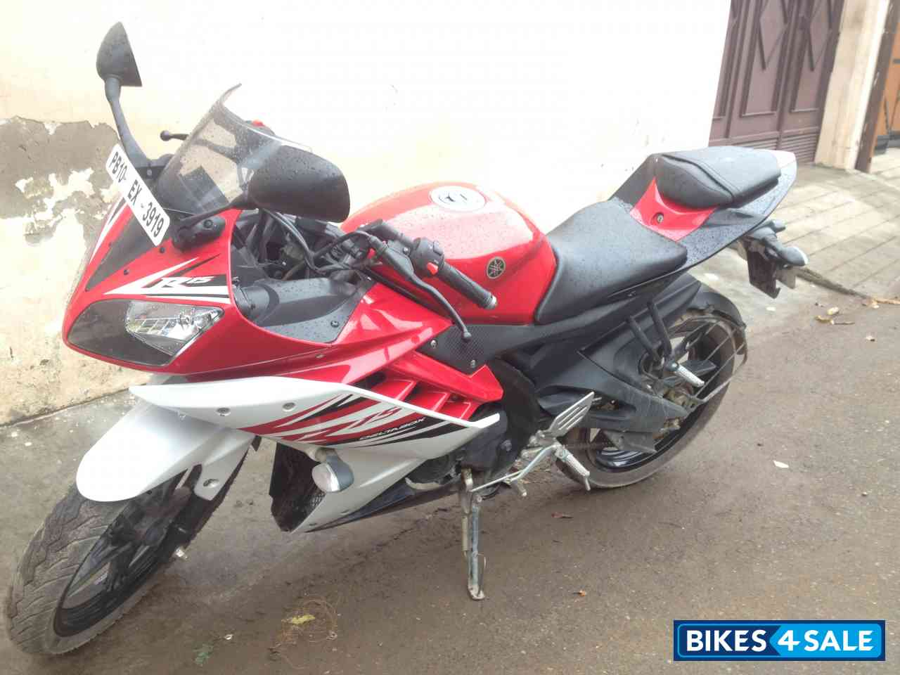 R15 V2 Red And White Red Black And W...