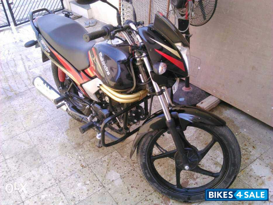 Used 2015 Model Mahindra Centuro Rockstar For Sale In Ahmedabad Id