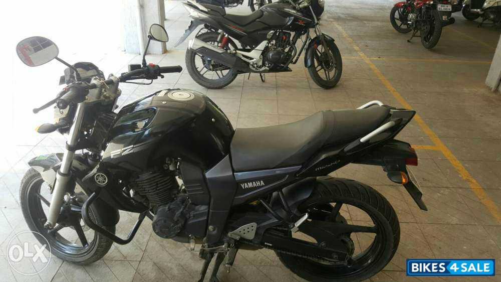 Black yamaha fz16 for sale in pune bike documents clear for Yamaha fz back tyre price