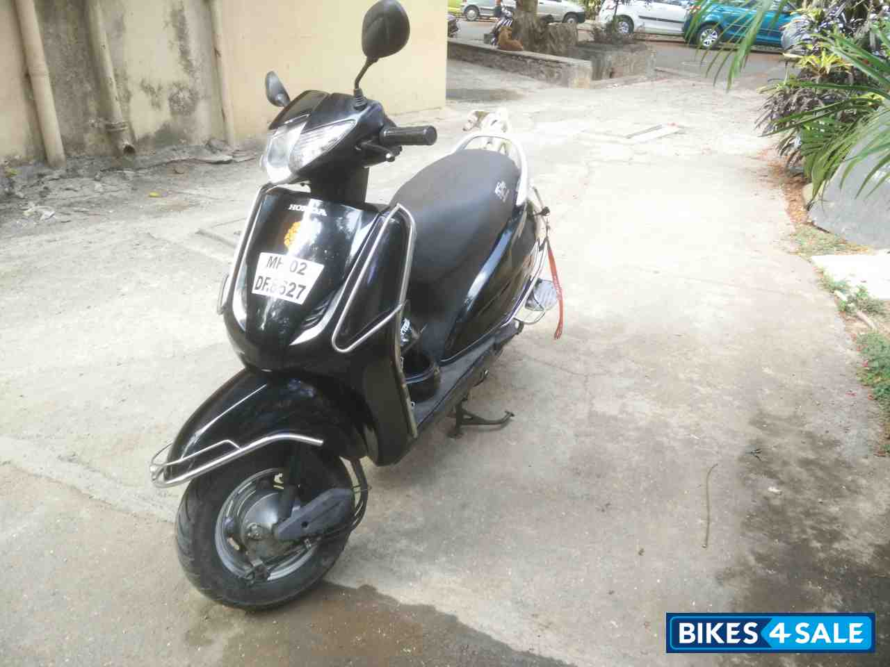 Icici Lombard 2 Wheeler Insurance Price >> Black Honda Activa for sale in Mumbai. Advantages of buying my activa 1)extended engine n parts ...