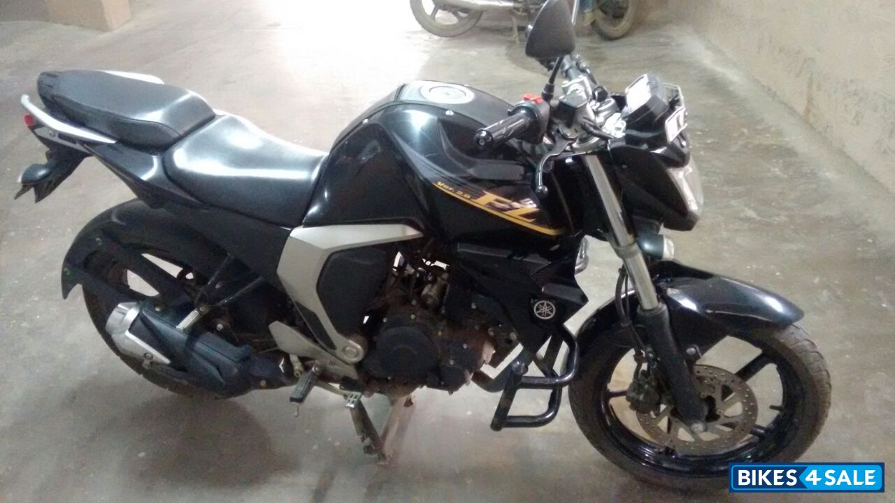 Fz Version 2 Black Colour >> Used 2015 model Yamaha FZ FI V2 for sale in Bangalore. ID 132760. Black colour - Bikes4Sale