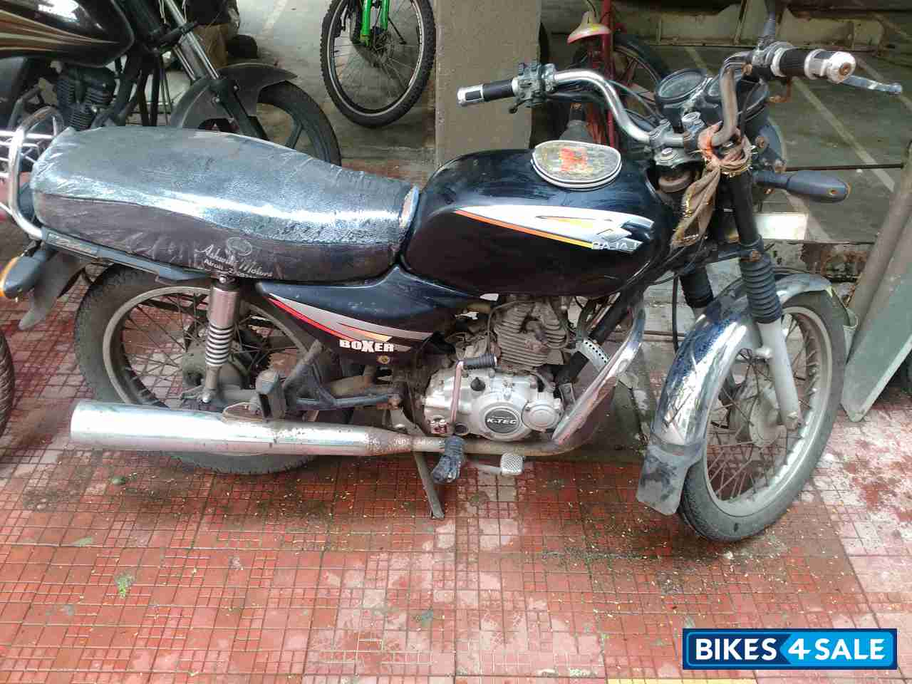 black bajaj boxer ct deluxe for sale in mumbai bike is in. Black Bedroom Furniture Sets. Home Design Ideas