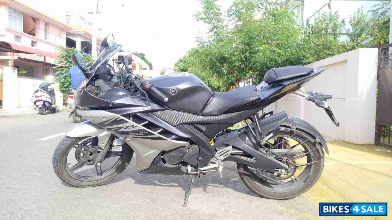 Used 2015 model Yamaha YZF R15 V2 for sale in Coimbatore  ID