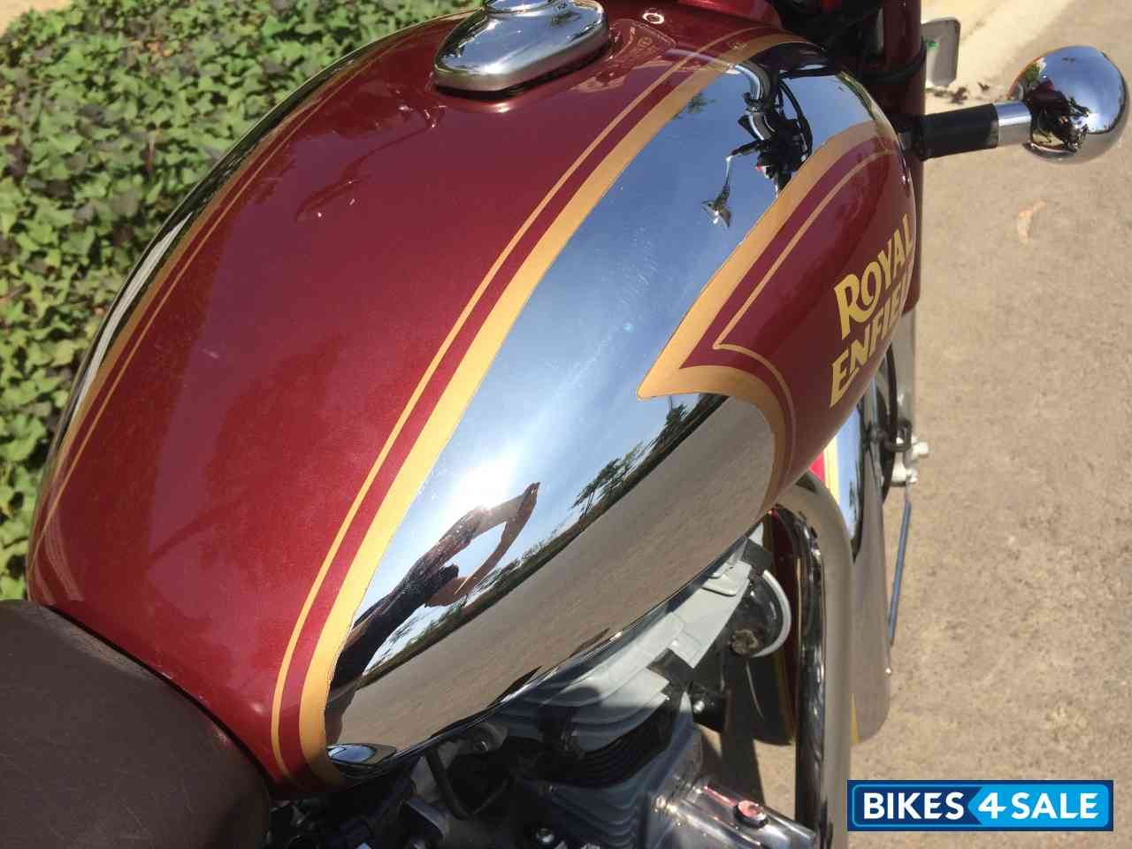 Used 2015 Model Royal Enfield Classic Chrome For Sale In Gurgaon Id 144721 Maroon Colour Bikes4sale