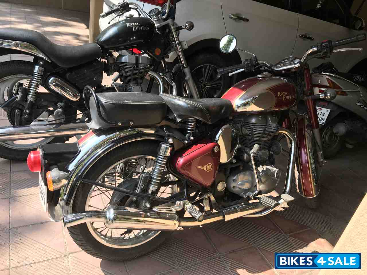 Used 2013 Model Royal Enfield Classic Chrome For Sale In Pune Id 157229 Maroon Colour Bikes4sale