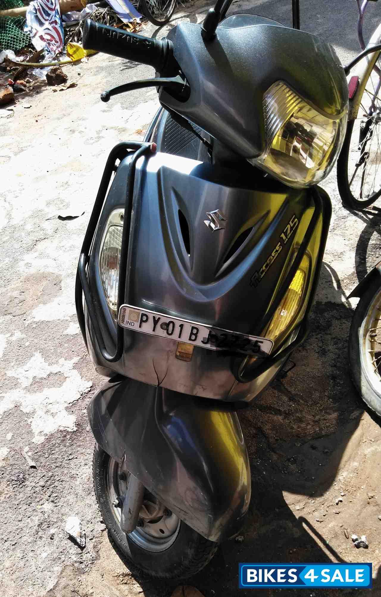 Used 2011 model Suzuki Access 125 for sale in Pondicherry. ID 165778. Grey colour - Bikes4Sale