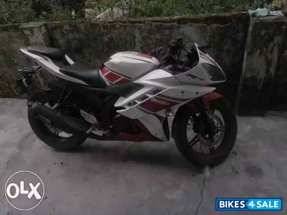 Used 2012 model Yamaha YZF R15 for sale in New Delhi  ID