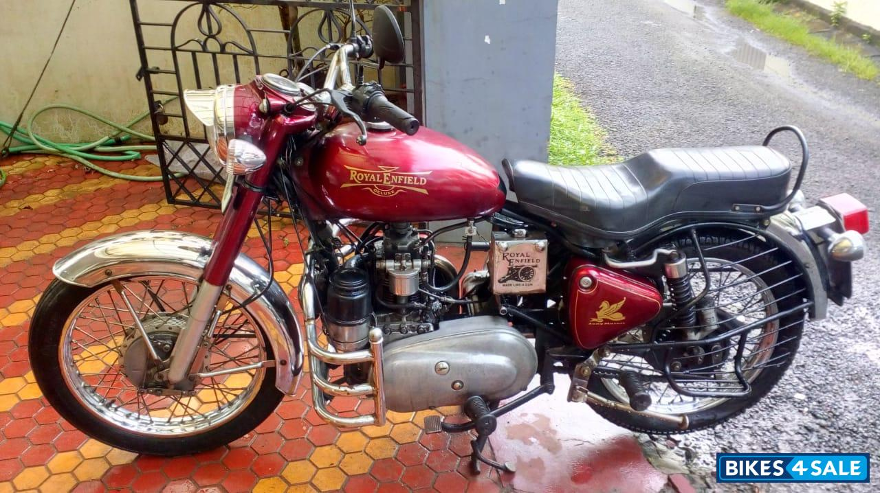 Red Royal Enfield Bullet Diesel Taurus