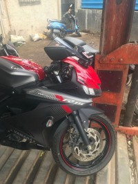 Thunder Grey + Red Yamaha YZF R15 V3