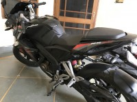 Black Bajaj Pulsar RS 200
