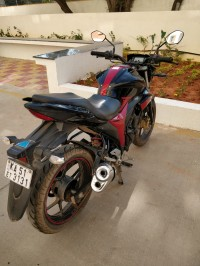Black & Red Suzuki Gixxer 150