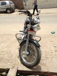 Royal Enfield Thunderbird TwinSpark 350 2011 Model