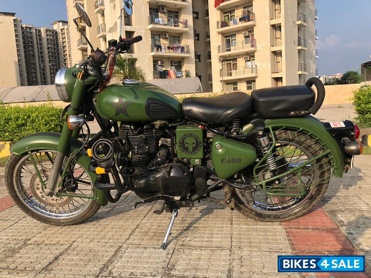 Used 2012 Model Royal Enfield Classic 500 For Sale In New Delhi Id 186625 Olive Green Colour Bikes4sale