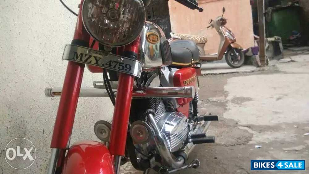 Used 1984 model Ideal Jawa Yezdi Classic for sale in Pune
