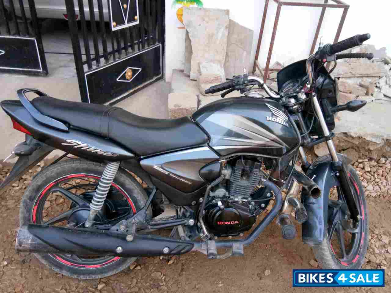 Used 2013 model Honda CB Shine for sale in Jaipur  ID 197277