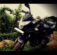 Black Bajaj Pulsar AS 200