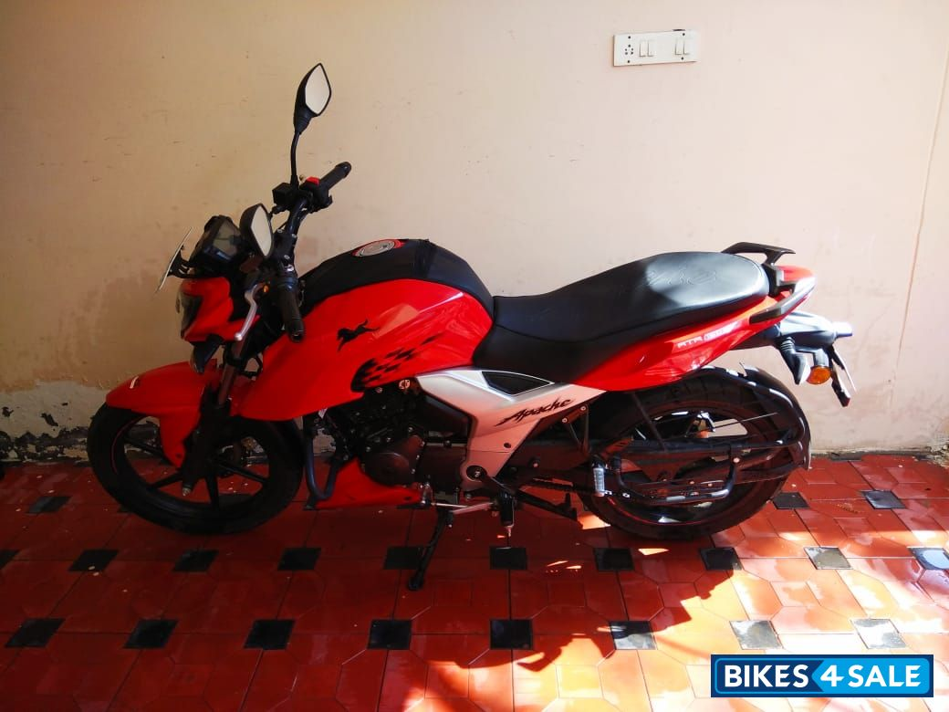 Used 2018 model TVS Apache RTR 160 4V for sale in Hyderabad
