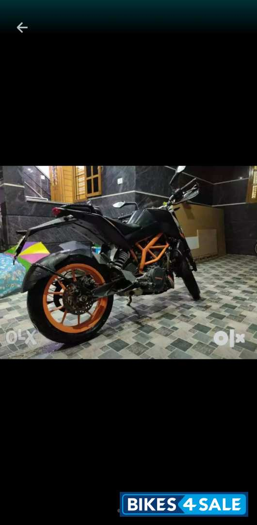 Orange Black KTM Duke 390