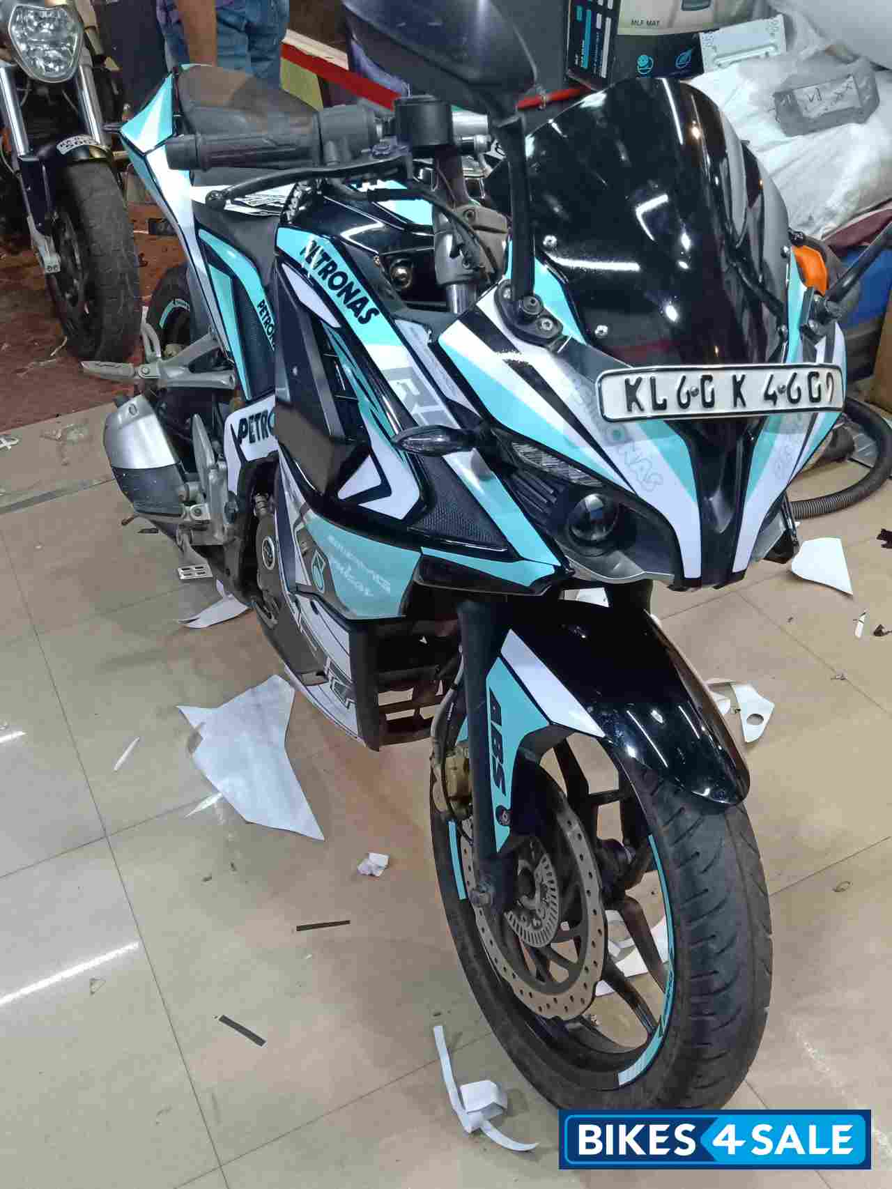 Used 2017 Model Bajaj Pulsar Rs 200 Abs For Sale In Bangalore Id 214941 Bikes4sale
