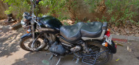 Lightning Black Royal Enfield Thunderbird 350