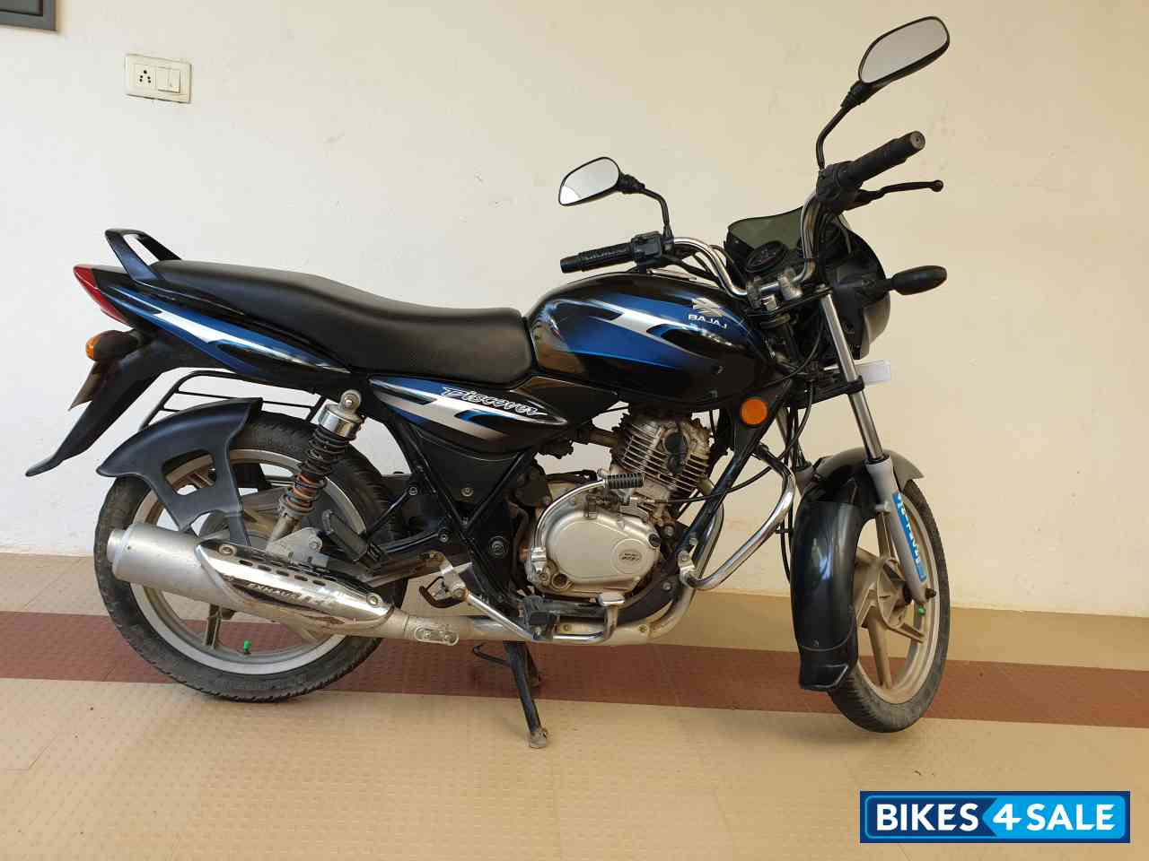 Black With Blue Decals Bajaj Discover DTSi 125