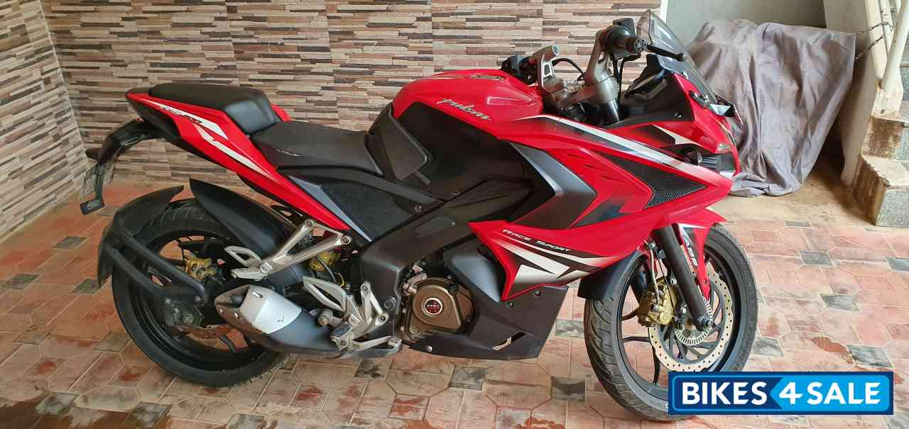 Passion Red Bajaj Pulsar RS 200 ABS
