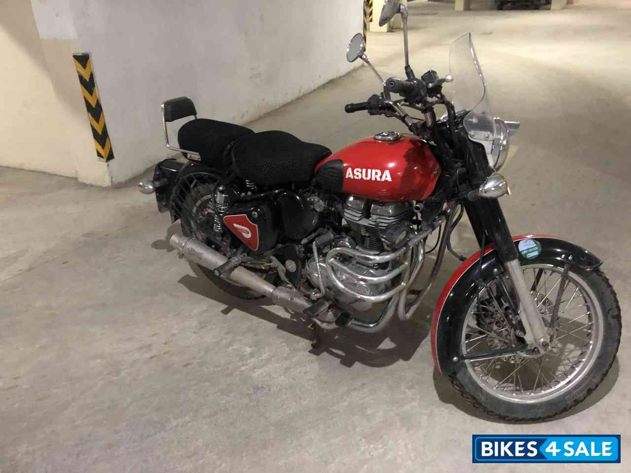 Used 2013 model Royal Enfield Classic 500 for sale in