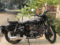 Royal Enfield Classic Stealth Black 2017 Model