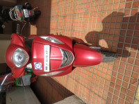 Red Yamaha Fascino