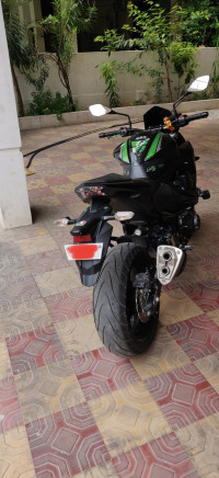Black Green Kawasaki Z800