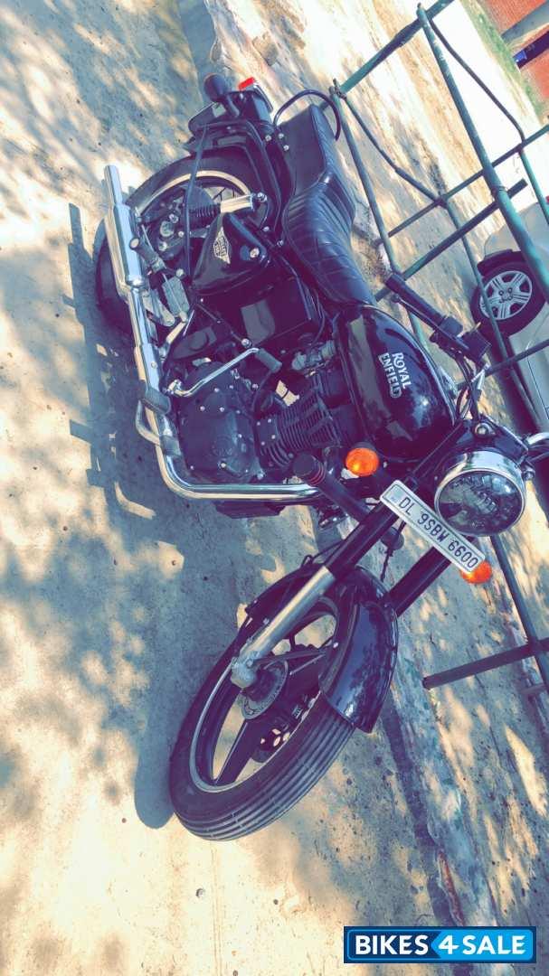 Used 2019 Model Royal Enfield Bullet 350 Es For Sale In New Delhi Id 266998 Jet Black Colour Bikes4sale
