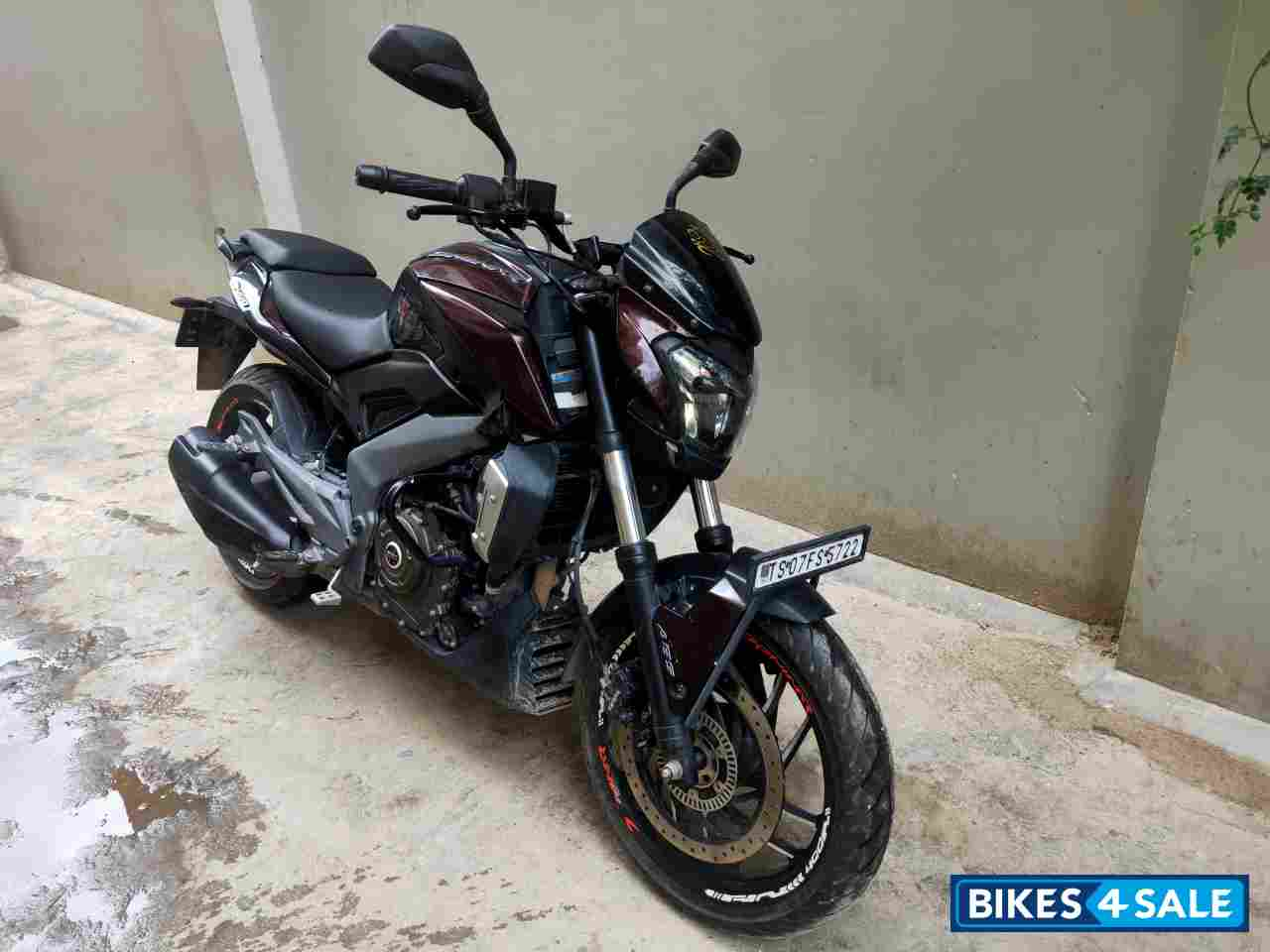 Twilight Plum Bajaj Dominar 400 Disc