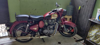 Royal Enfield Classic 350 Redditch Red