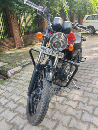 Roving Red Royal Enfield Thunderbird X 350