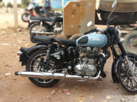 Royal Enfield Classic 350 Redditch Blue  Model