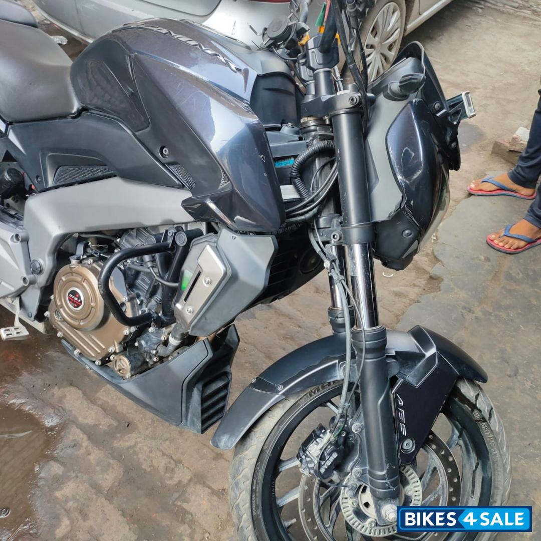 Midnight Blue Bajaj Dominar 400 Disc