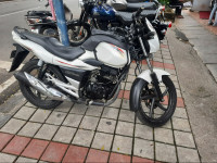 Suzuki GS 150R 2013 Model