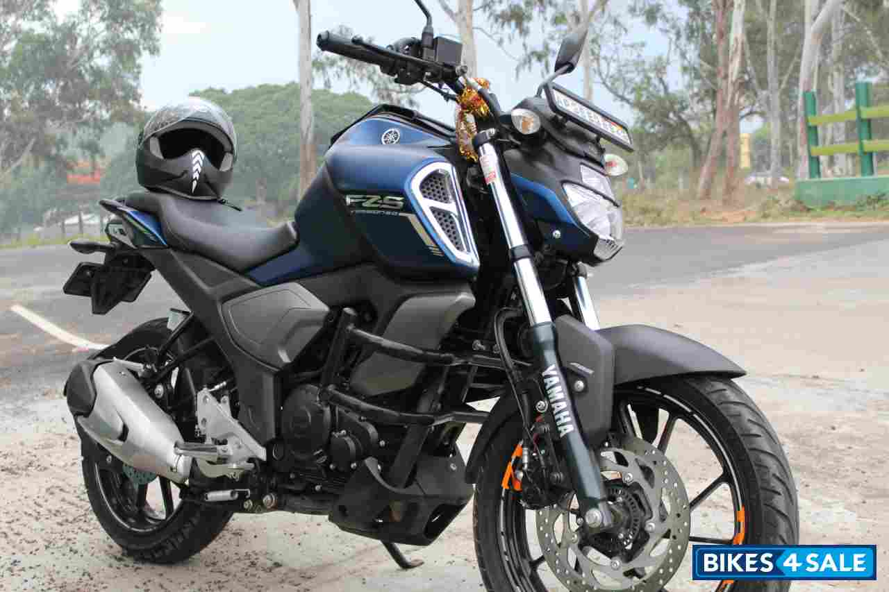 Yamaha FZ-S Fi Version 3.0 Questions & Answers - Buyers