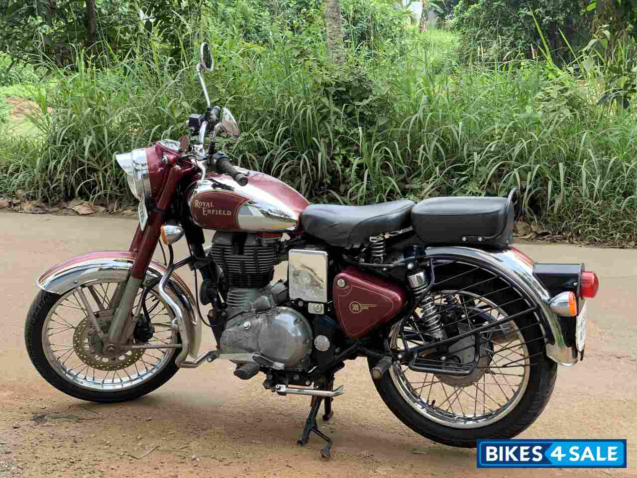 Used 2012 Model Royal Enfield Classic Chrome For Sale In Malappuram Id 307991 Maroon Colour Bikes4sale