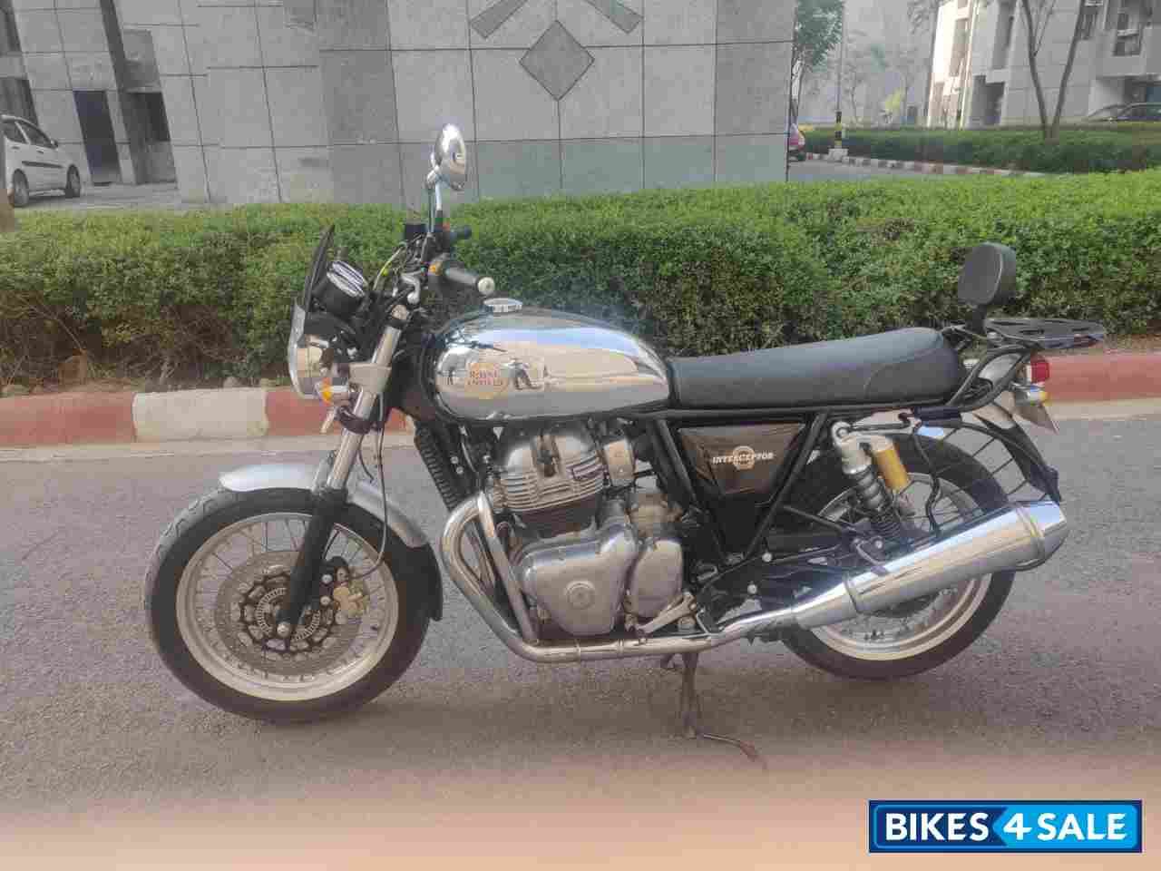 Chrome & Black Royal Enfield Interceptor 650 Twin