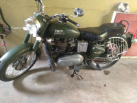 Battle Green Royal Enfield Classic