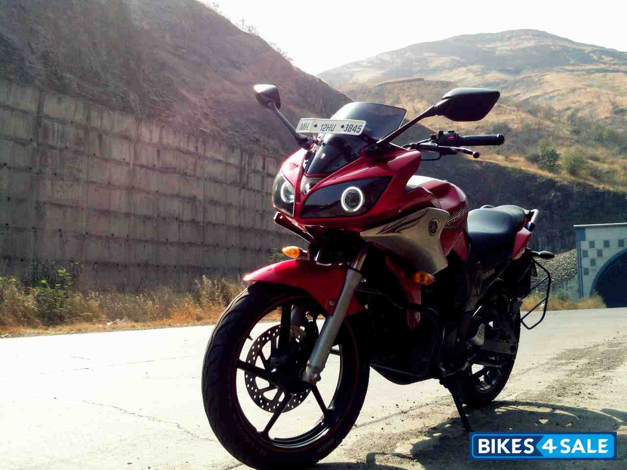 Lava Red Yamaha Fazer Picture - Only One Picture AvailableYamaha Fazer 150cc Red