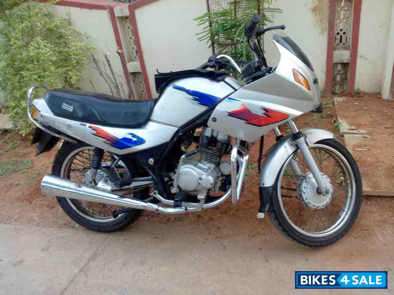 Second Hand Lml Adreno In Hyderabad Silver Colour Price