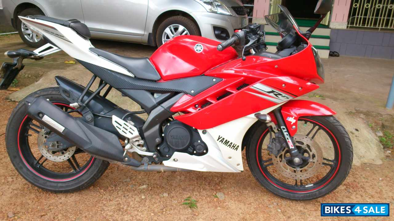 R15 V2 Red And White Red N White Yam...